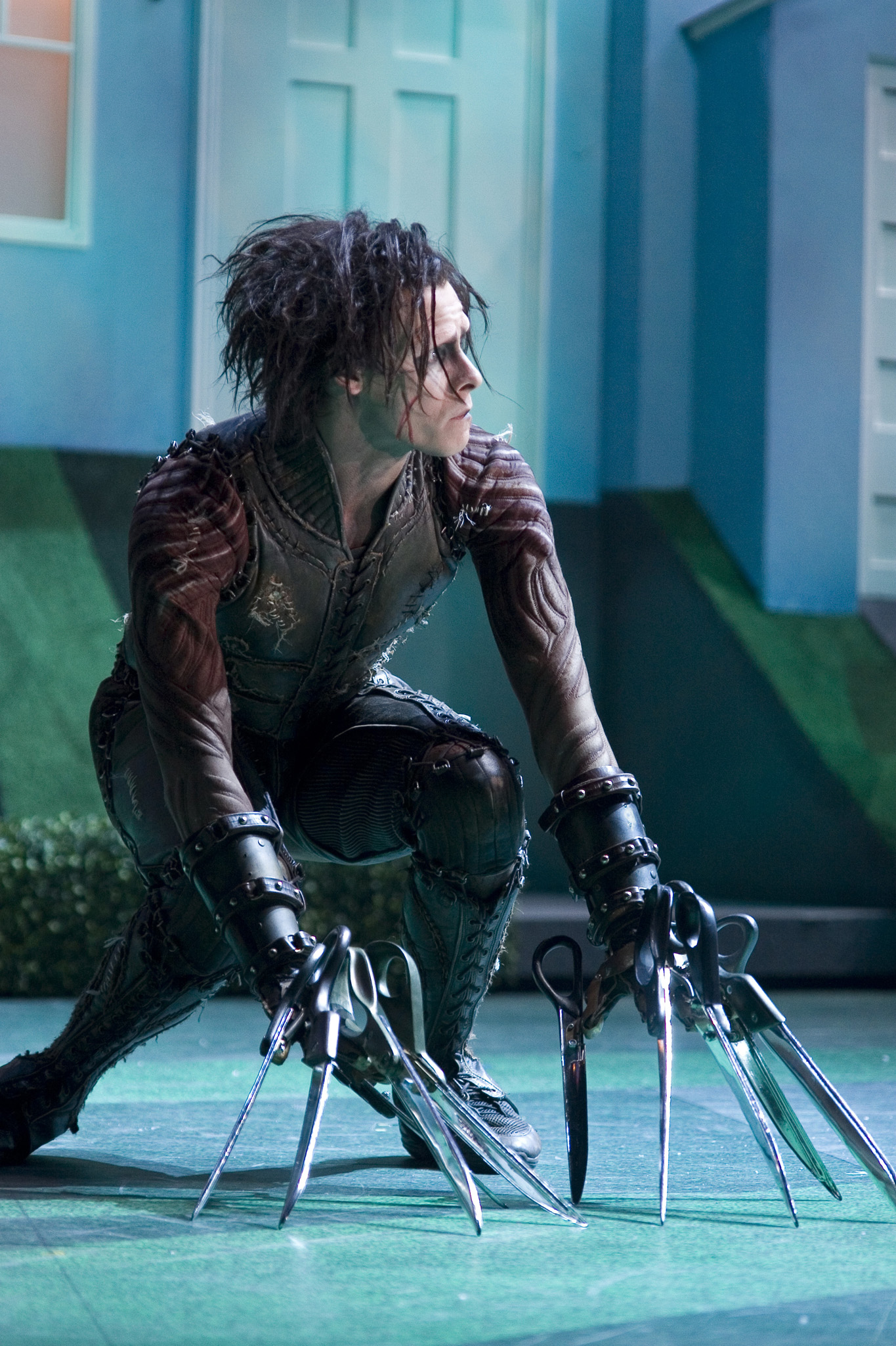 "essays on edward scissorhands Edward scissorhand vs frankenstein a monster is described as, ""a cruel, wicked, and inhumane person"" in all actuality the creatures that are considered."