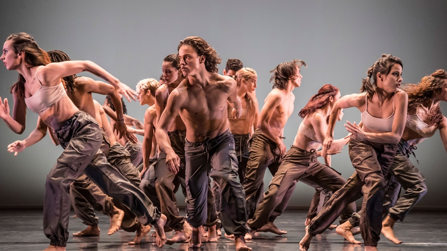 Danza Contemporanea de Cuba in Matria Etnocentra - photo Johan Persson.jpg